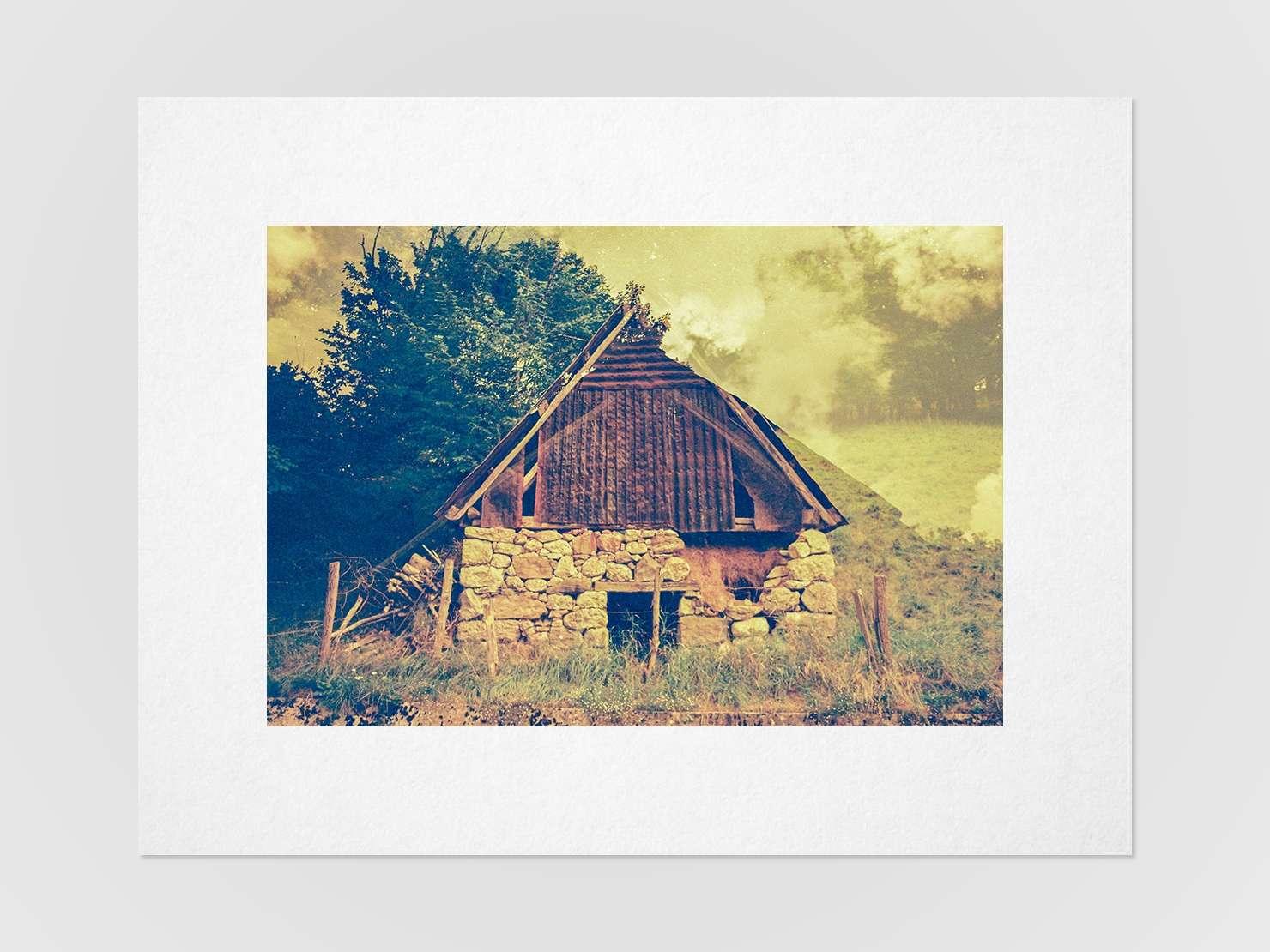 Druckansicht: Mehrfachbelichtung einer slowenischen Hütte